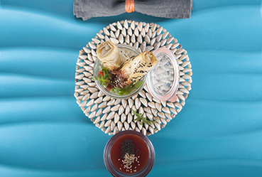 Bastones de caballa con mermelada agridulce de fresas - Recetas Usisa